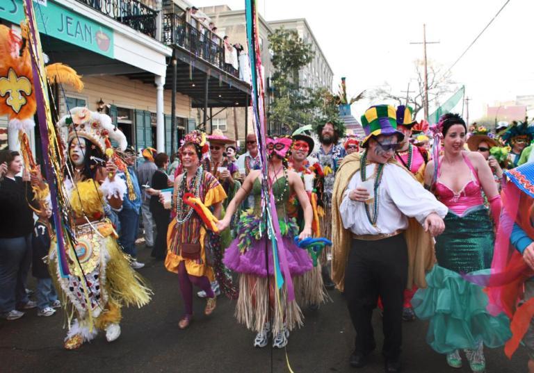 02y-carnival-2011-07-03-11-mardi-gras-new-orleans-la